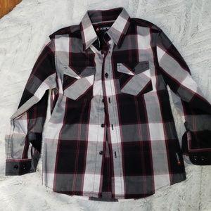 Boys Airwalk size 7 button up long sleeve NWOT